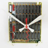 Circuitboard Clock - small with white hands