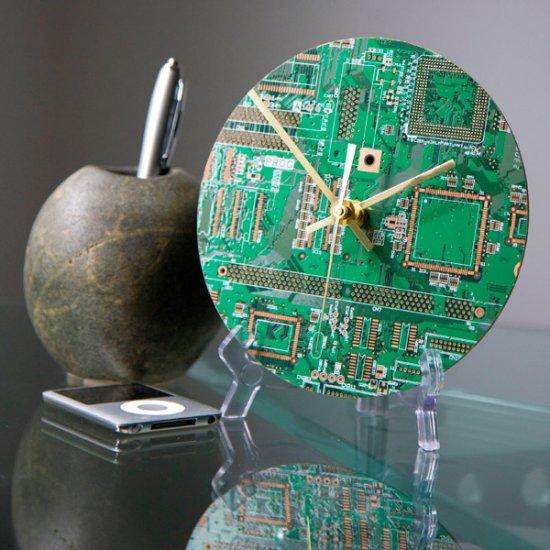 Circuitboard Clock - Click Image to Close